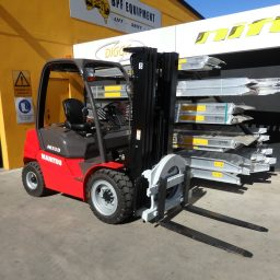 New Manitou MI30D 3.0 Tonne Diesel Forklift with Rotator