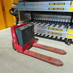 Used Raymond 2.0 Tonne Electric Pallet Truck